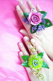 Flower Rings Dress Dibs Flowers as Rings!